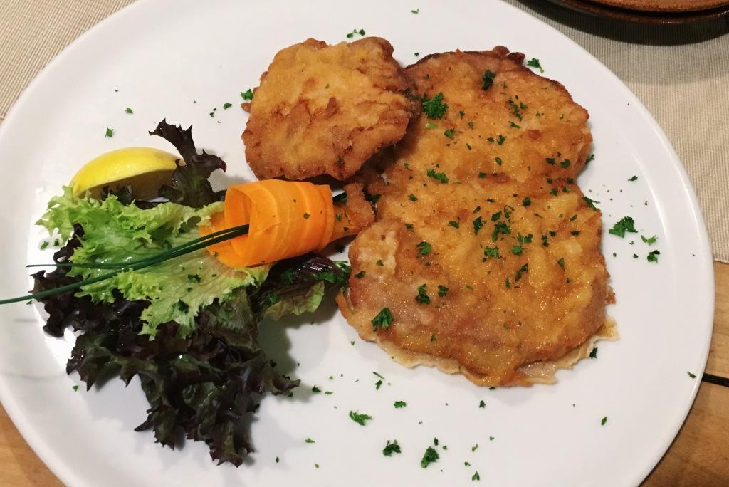 picture of schnitzel in prague